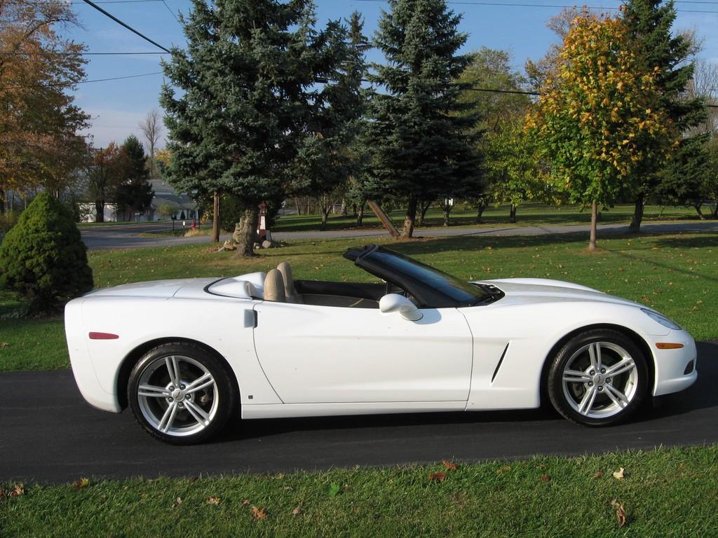 Fs 2008 Arctic White Corvette Convertible In Ny 33 333